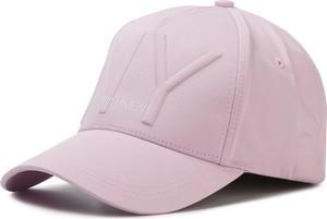 Różowa czapka Calvin Klein