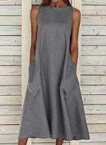 Sukienka Cikelly bez rękawów z okrągłym dekoltem maxi