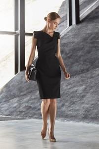 Sukienka Style z krótkim rękawem z tkaniny