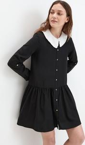 Czarna sukienka Mohito w stylu casual z kołnierzykiem