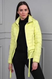Żółta kurtka modoline w stylu casual