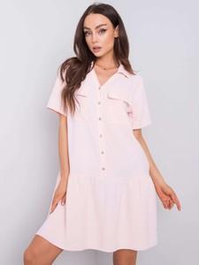 Różowa sukienka Promese mini z krótkim rękawem w stylu casual