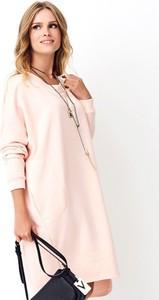 Różowa sukienka Numinou mini asymetryczna