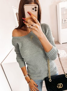 Sweter Pakuten