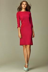 Czerwona sukienka Merg z okrągłym dekoltem prosta z długim rękawem