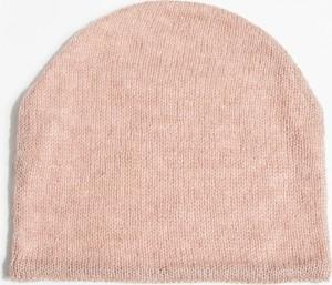 Różowa czapka Simple z moheru