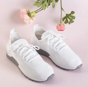 Buty sportowe Royalfashion.pl sznurowane z płaską podeszwą w sportowym stylu