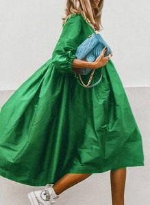 Zielona sukienka Sandbella hiszpanka z długim rękawem