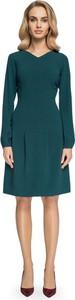 Zielona sukienka Stylove z długim rękawem midi w stylu casual