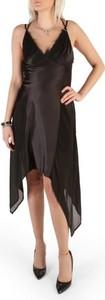 Czarna sukienka Guess asymetryczna