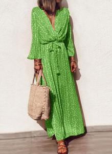 Zielona sukienka Sandbella z długim rękawem