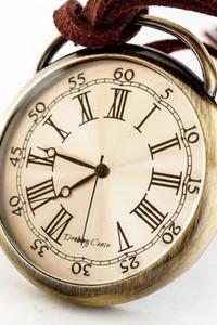 Drobiny Czasu PODRÓŻNIK W CZASIE I (GOLDEN) zegarek kieszonkowy, dewizka