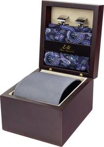 Zestaw ślubny dla mężczyzny w kolorze szarym: krawat + poszetka + spinki zapakowane w pudełko EM 29