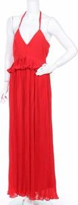 Czerwona sukienka Jp z dekoltem w kształcie litery v maxi