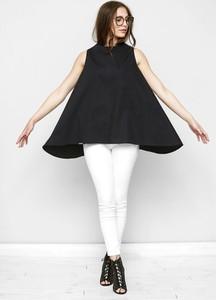 Czarna bluzka Freeshion bez rękawów z okrągłym dekoltem z bawełny