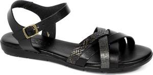 Sandały Spk Shoes z klamrami ze skóry z płaską podeszwą