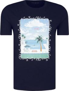 T-shirt Guess z nadrukiem