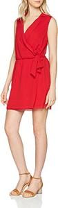 Sukienka MOLLY BRACKEN mini z dekoltem w kształcie litery v w stylu casual