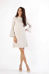 Sukienka Nommo z długim rękawem z okrągłym dekoltem mini