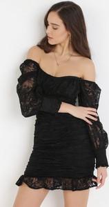 Czarna sukienka born2be mini z długim rękawem hiszpanka