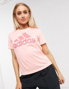 Różowy t-shirt Adidas Performance w sportowym stylu