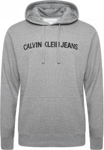 Bluza Calvin Klein (wszystkie Linie) w młodzieżowym stylu
