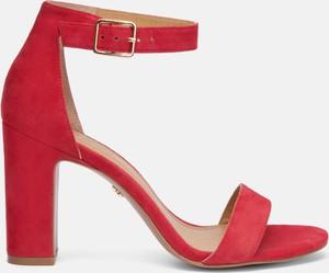 Czerwone sandały Kazar na wysokim obcasie na obcasie
