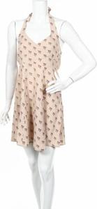 Sukienka By Ti Mo z dekoltem w kształcie litery v rozkloszowana mini