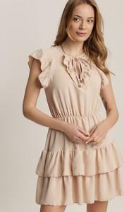 Sukienka Renee trapezowa z okrągłym dekoltem z krótkim rękawem