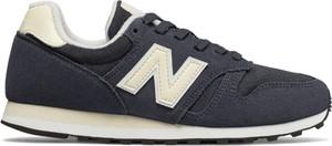 Niebieskie buty sportowe New Balance sznurowane z zamszu z płaską podeszwą