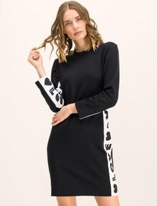 Sukienka Love Moschino z okrągłym dekoltem w stylu casual z długim rękawem