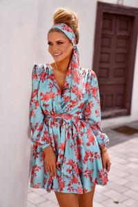 Turkusowa sukienka Ella Boutique z dekoltem w kształcie litery v