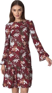 Czerwona sukienka Nife z długim rękawem mini w stylu casual