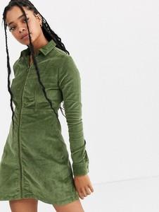 Zielona sukienka Noisy May ze sztruksu mini