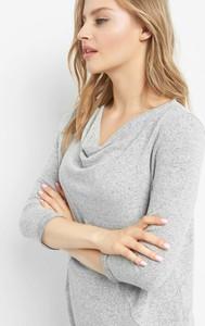 Bluzka ORSAY z dekoltem woda w stylu casual z długim rękawem