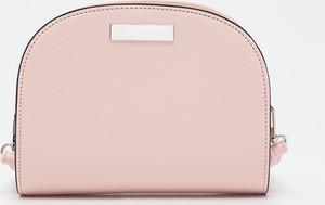Różowa torebka Sinsay na ramię matowa