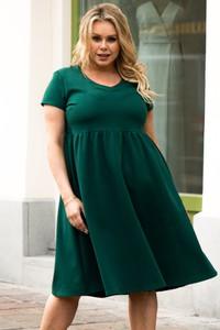 Zielona sukienka KARKO dla puszystych z dresówki z okrągłym dekoltem