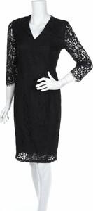Czarna sukienka In Wear z długim rękawem prosta