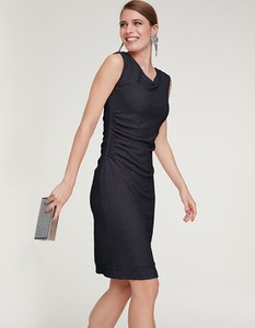 Czarna sukienka Heine z dekoltem w kształcie litery v