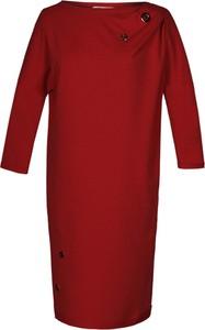 Czerwona sukienka Fokus oversize z długim rękawem z bawełny