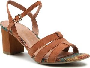 Brązowe sandały Marco Tozzi z klamrami