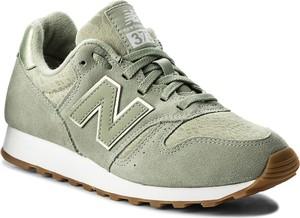 Zielone buty sportowe new balance ze skóry ekologicznej sznurowane w sportowym stylu