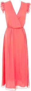Różowa sukienka Naf naf z dekoltem w kształcie litery v z szyfonu