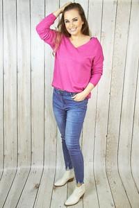 Jeansy hitdnia.com.pl z bawełny w street stylu
