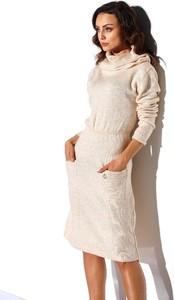 Sukienka Lemoniade z wełny z golfem