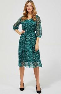 Zielona sukienka Moodo baskinka midi