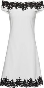Sukienka bonprix BODYFLIRT boutique midi