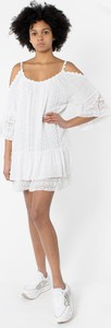 Sukienka Guess z okrągłym dekoltem z długim rękawem