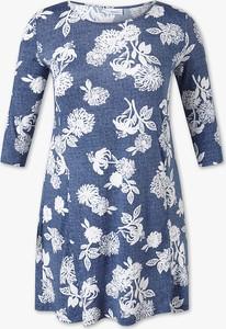 Sukienka YESSICA z okrągłym dekoltem mini