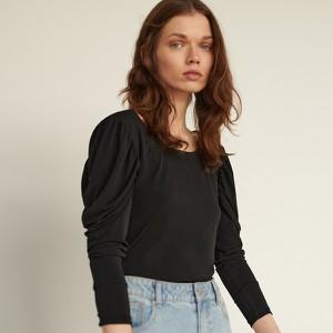 Czarna bluzka Reserved z okrągłym dekoltem z długim rękawem